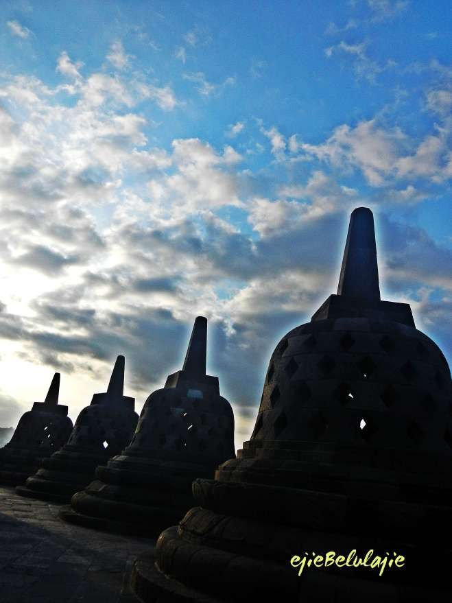 1 langit cantik Borobudur menyambut tim utara(photo by ejie)
