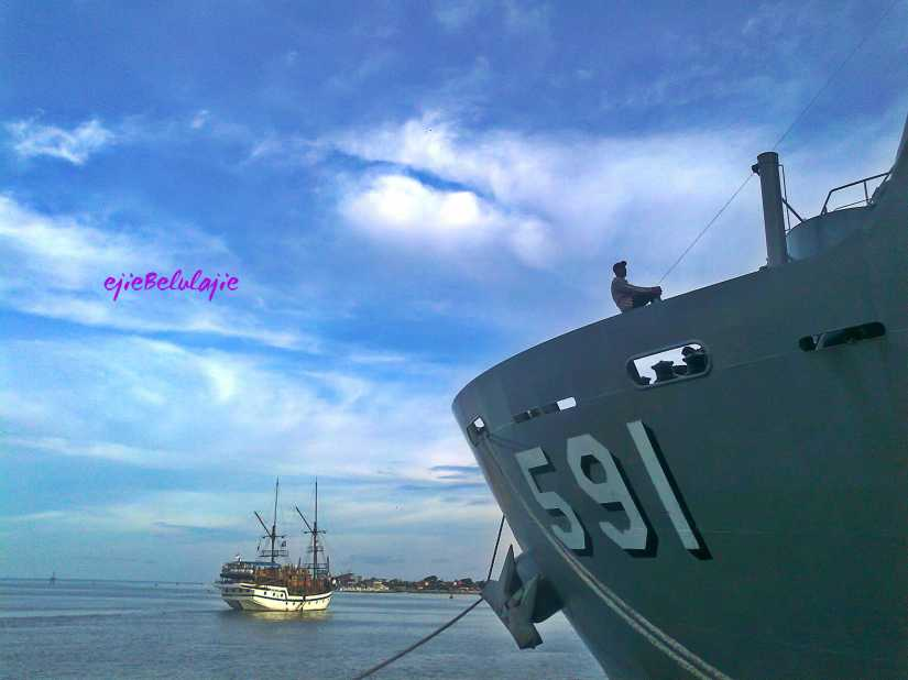 KRI Surabaya 591 saat sandar di Pelabuhan III, Benoa, Bali(doc pribadi)