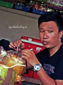 Arga saat di Nusa Dua Bali(doc Zela, photo by me)