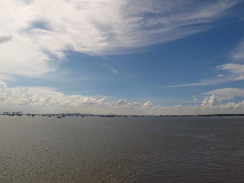 Langit, lautan, udara dan hembusan angin = dirimu(doc Hikmah, photo by me)