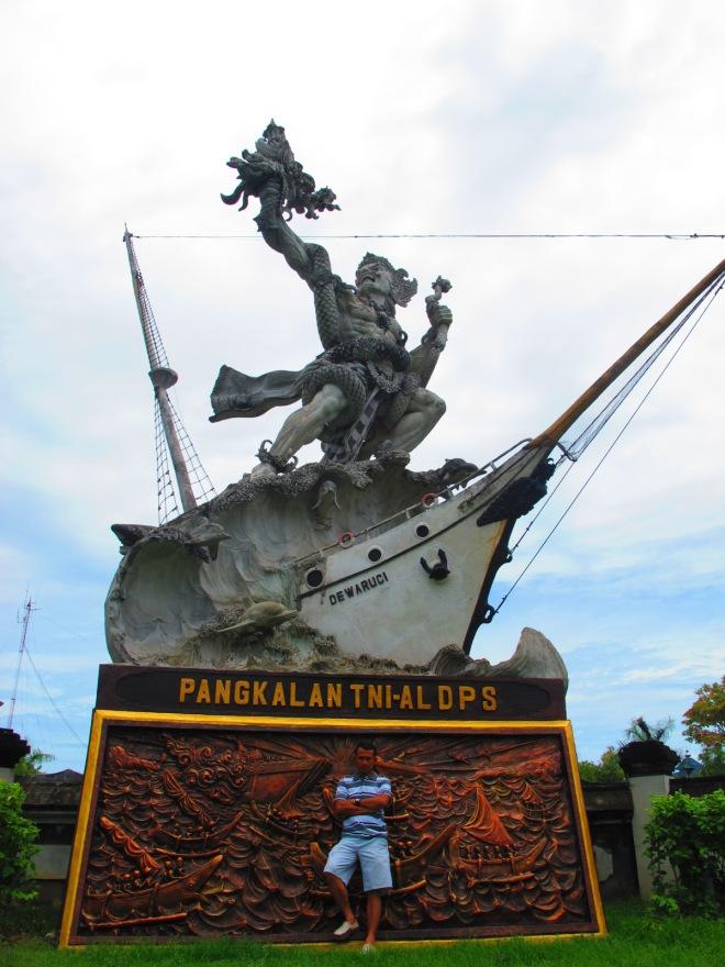 Foto di TNI-AL DPS Bali(doc Hikmah photo by me)