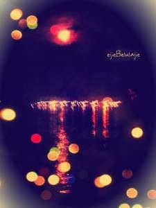 Melihat lampu perkemahan dari anjungan KRI Surabaya 591 dan gula bercerita(doc pribadi)
