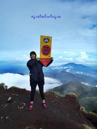 Gunung Merbabu Pncak Kentheng Songo (doc pribadi)