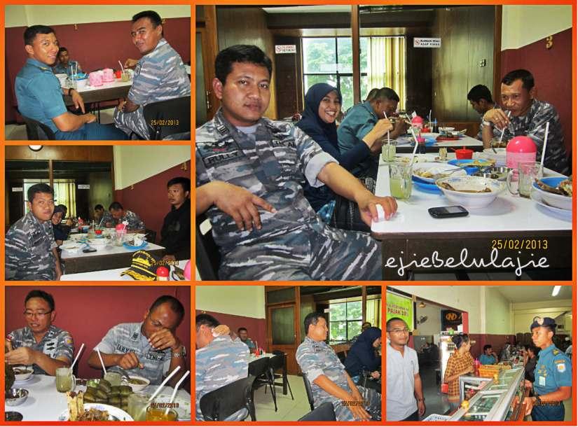 Makan siang bersama Komandan Joni dan perwira kapal (doc Kadepnop photo by me)