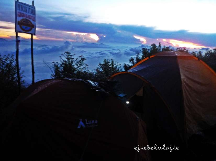 2 tenda, cukup... (doc pribadi)