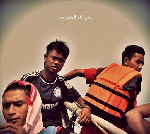 Ayah Nadira, Rudi the crew n Ky the leader (doc pribadi)
