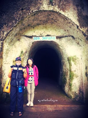 Goa Jepang di Taman Hutan Raya with Selly (doc pribadi)