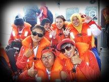 Bersama teman-teman Sail Morotai 2012. (doc Sekar)