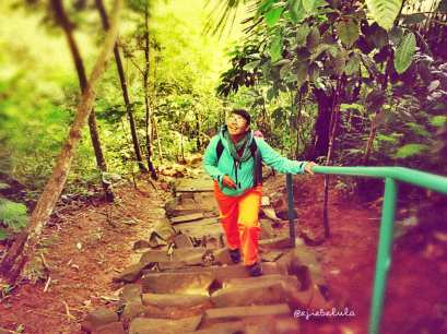 Situs Megalithikum Gunung Padang, Indonesia. Trekking 3 jam? It's a lie ;) (doc pribadi)