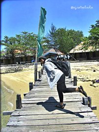 Dermaga kayu Khayangan (taken by Rizky Dwi, doc pribadi)