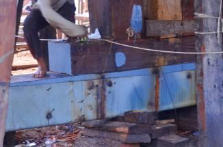 Plat baja sebagai pondasi dasar kapal. (doc pribadi)