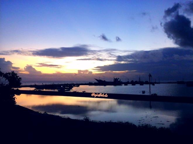 Sunrise Pelabuhan Tanjung Bira (doc pribadi)