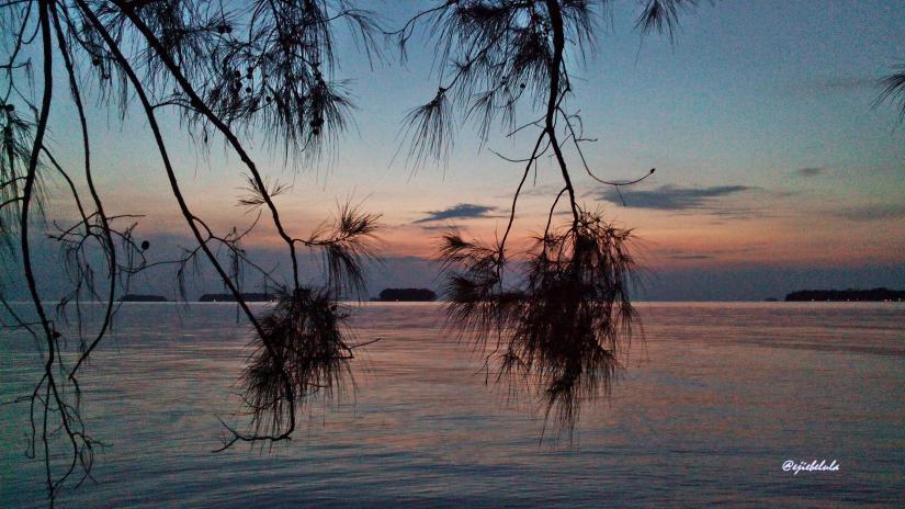 Sunrise yang beranjak dari peaduannya. (doc pribadi)