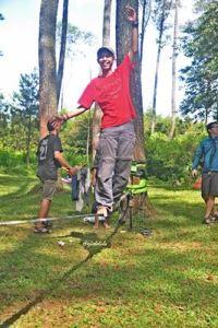 Sandi, teman baru yang bisa berjalan hingga ke ujung tali setelah latihan selama 1 jam. (doc pribadi)