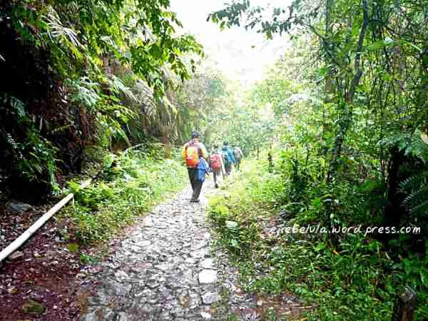 Treking sahabat Hammockers Indonesia (doc pribadi)