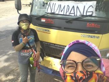 Hitchhiking Jakarta-Yogyakarta (doc pribadi)