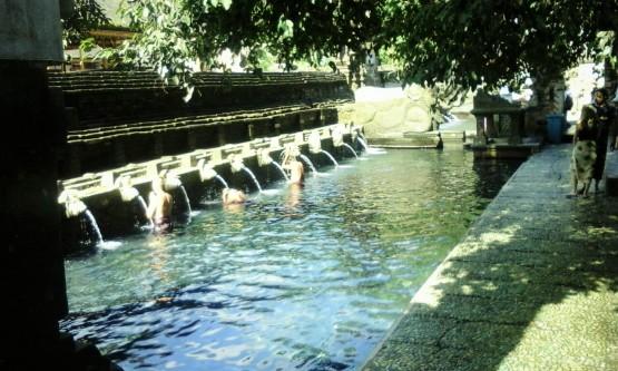 Bagian dalam, Jabe Tengah yang merupakan pusat pemandian dan beribadah. (credit to google)