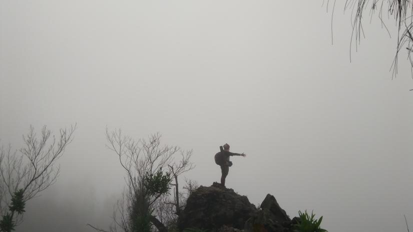 Gunung Lawu turunan Cemowo Sewu (2016) Credit to Yuriska FDU