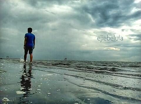 Walking the beach Doc pribadi