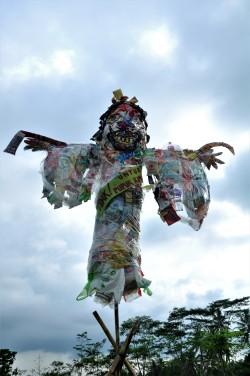 Orang-orangan sawah Doc by M Akhbar Ardhani
