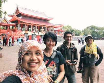 Yeay, selfie! ;) Doc Reikha